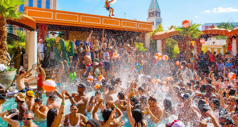 Las Vegas Bachelorette Party Guide 🎉   Las vegas