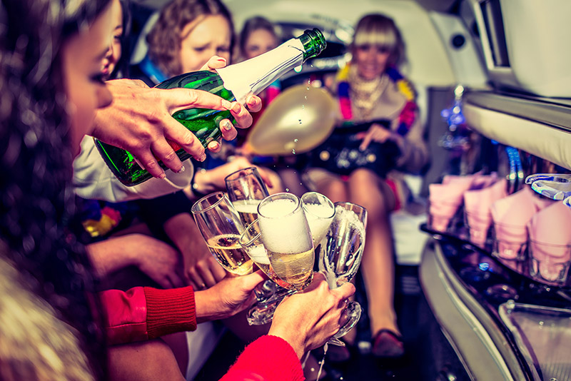 How-to-Party-in-Vegas-on-a-Budget-Pic-1